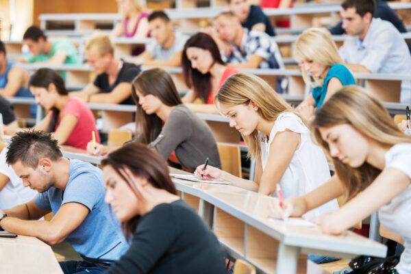 Regresso às aulas: tudo o que precisa de saber
